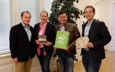 EC&C: Neuer Anbieter für PEFC-Gruppenzertifizierung im Bereich Druckereien und Buchbindereien